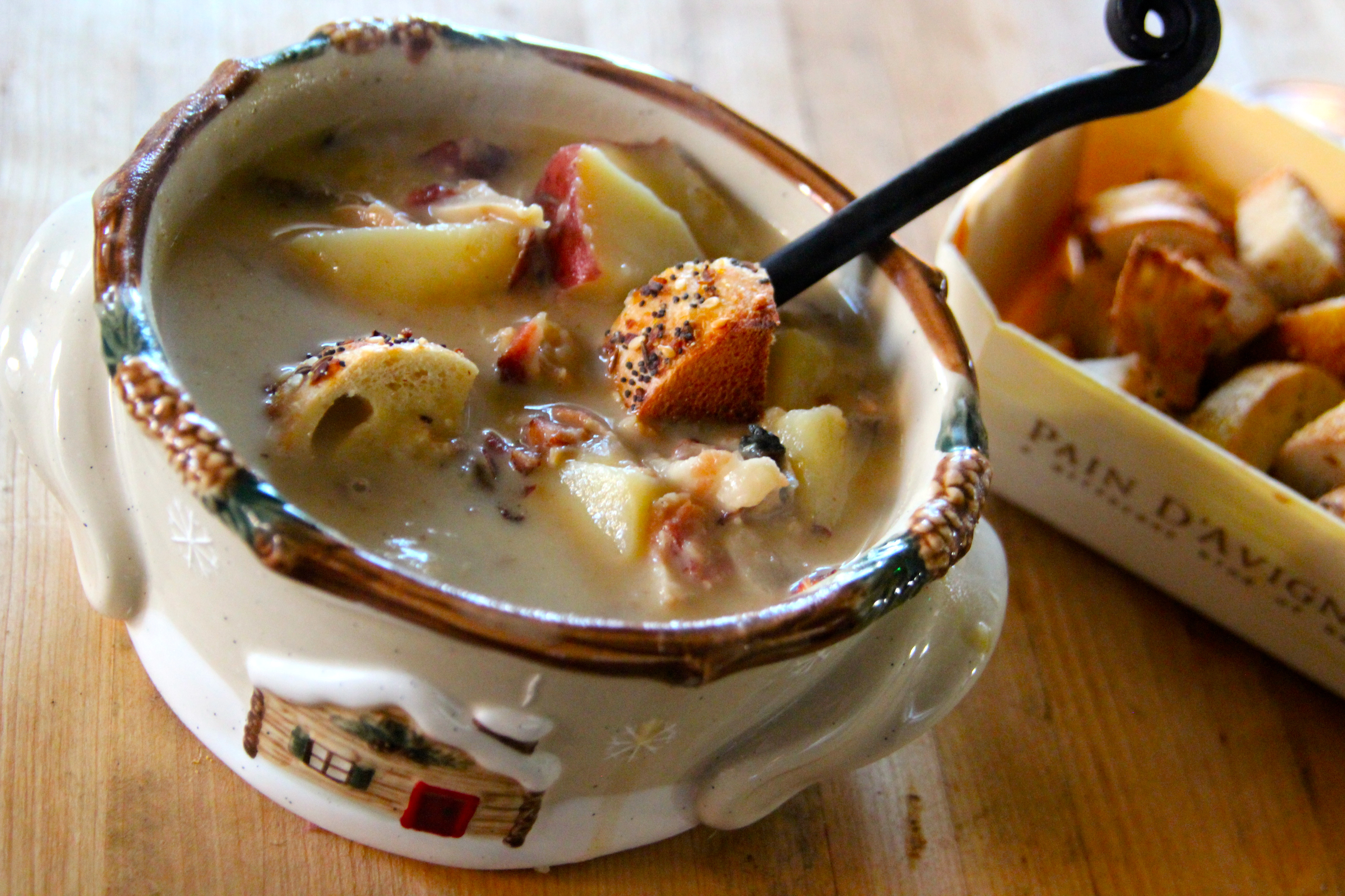 New England Clam Chowder, clam chowder, chowder, French Cuisine, potato, soup, easy recipe